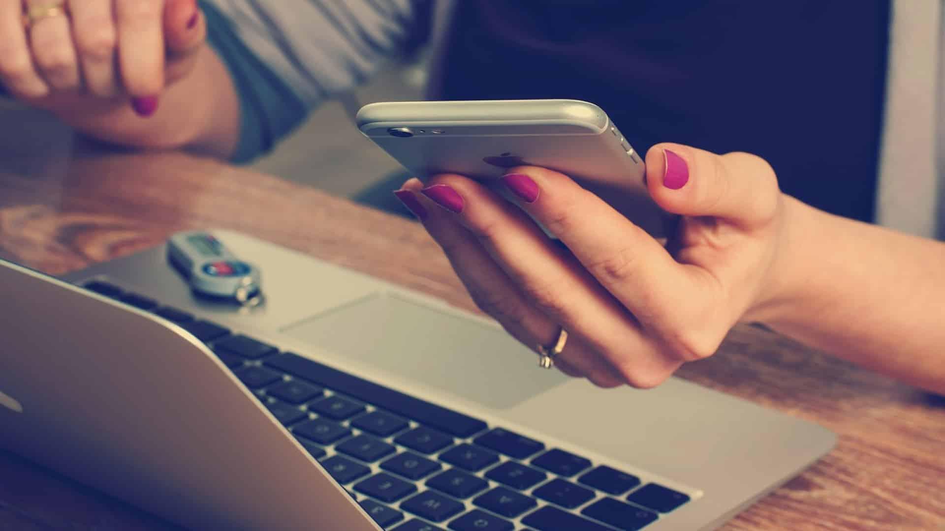 Pourquoi choisir un expert-comptable en ligne pour consultant ?